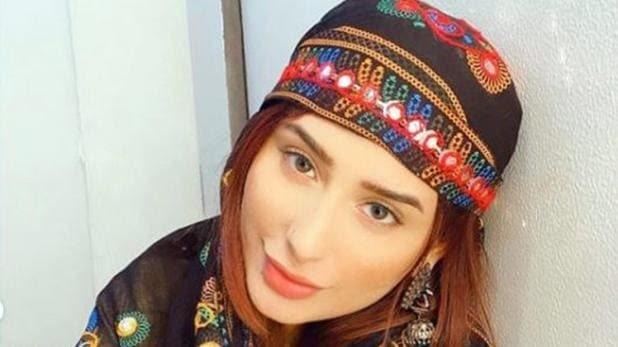 Mahira Sharma arrives in Kashmir for shooting, shared videos of Dal Lake