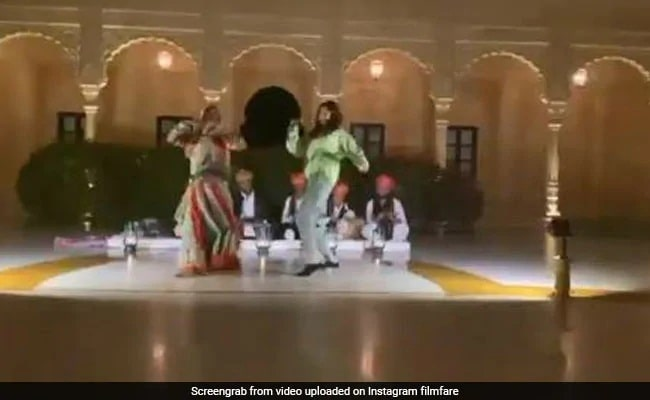 Bollywood actress seen dancing to Rajasthani songs in Jaisalmer, watch video