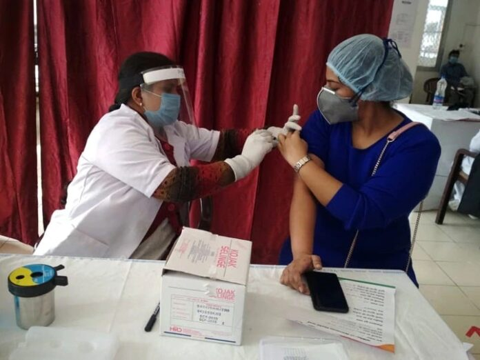 Know the 12 states of India where more than 65 percent of health workers got Corona vaccine