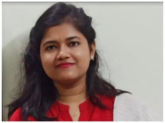 IAS Success Story: From SIMI, who cleared the IIT and UPSC exams in the same year, know their mantra of success