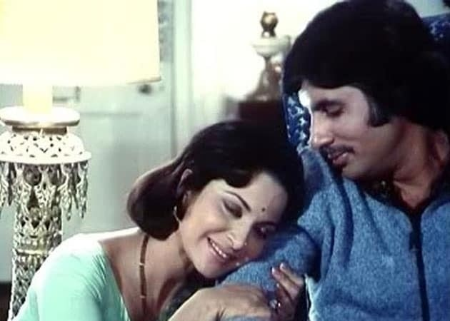 Waheeda Rehman slapped Amitabh Bachchan on the sets of this film