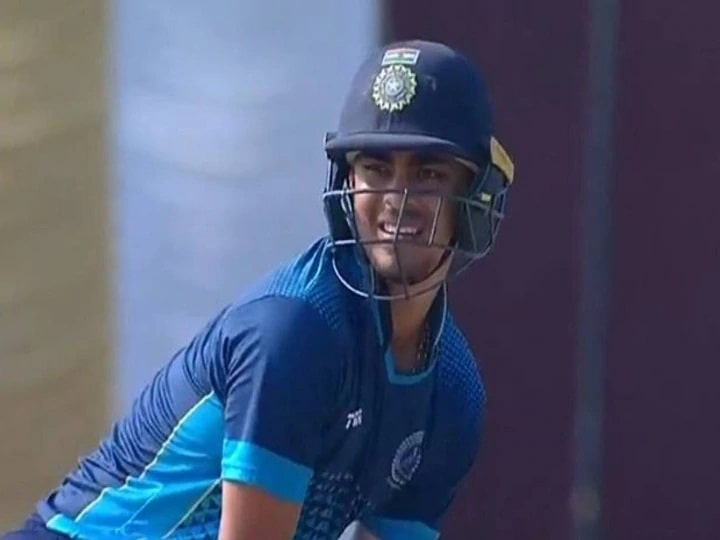 Is it time for Mumbai Indians to play for India batsman Ishaan Kishan?