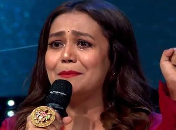What happened in Indian Idol 12, which started crying out loudly Neha Kakkar?
