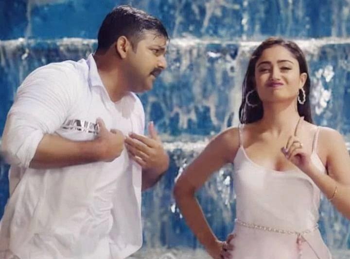 Bhojpuri star Pawan Singh dances with Tridha Chaudhary, video goes viral