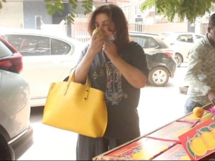 Farah Khan was seen taking off the scent of mangoes, social media users put up a class