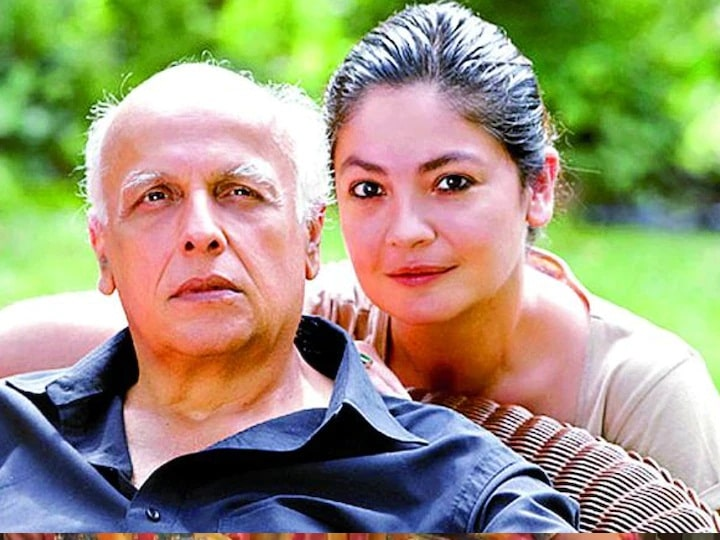 Pooja Bhatt revealed, father Mahesh Bhatt had given such advice before the first kissing scene